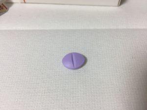 シラグラは少し大き目の錠剤です
